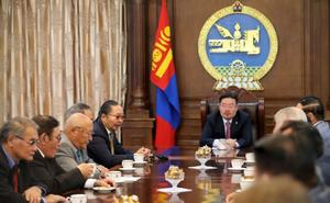 Speaker pays tribute to former members of State Baga Khural