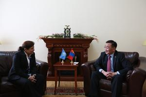 Mongolia looks to strengthen cooperation with UNESCAP