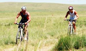 National Triathlon Championship takes place at Ugii Lake