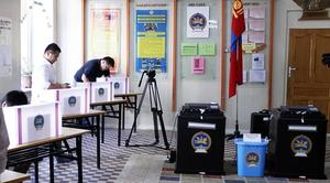 606 candidates start election race