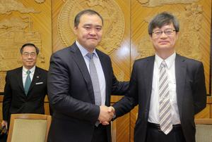 Nobel Prize winner Hiroshi Amano to cooperate with Mongolia in science