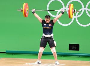 Weightlifter M.Ankhtsetseg becomes State Merited Athlete