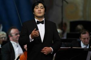 E.Amartuvshin sings at National Academic Theater of Opera and Ballet of Mongolia